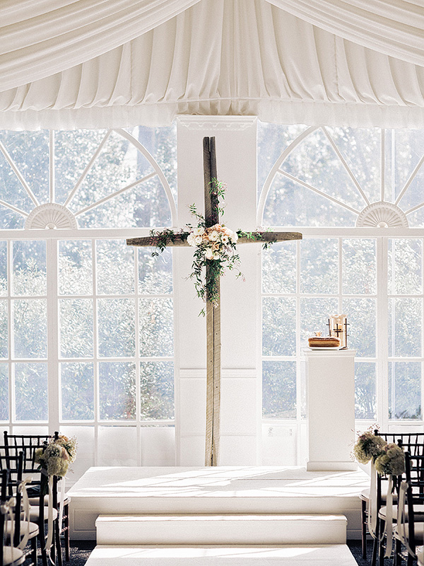 altar wedding decorations graceful cross altars i do y all 1271